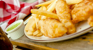 fish-chips-piselli-fritto-550x300